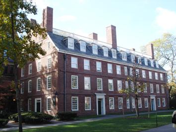 """大学城"""",而是把校园内最古老最好的宿舍留给他们.图片"""