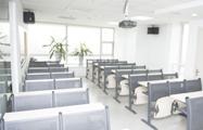 25人班教室