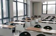 12人班教室