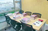IELTS 6人班教室